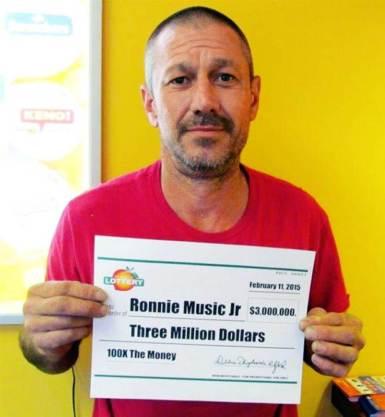 160727-ronnie-music-jr-mdl_c9225b6babd8632b184287ba5b3de24a.nbcnews-ux-2880-1000